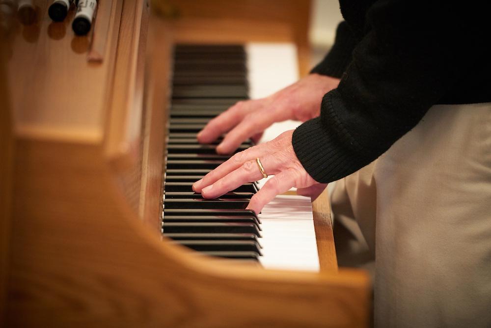 -UWL UW-L UW-La Crosse University of Wisconsin-La Crosse; day; December; Icon; Inside; Music; Hands; Piano