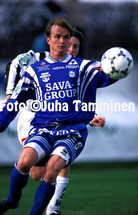 11.05.1997, Kupittaa Stadium, Turku, Finland. Veikkausliiga / Finnish National Championship, Turun Palloseura v Rovaniemen Palloseura.  .Tero Kemppainen - RoPS.©JUHA TAMMINEN