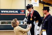 Prijsuitreiking Lichte Tour<br /> KNHS Indoorkampioenschappen 2010<br /> © DigiShots