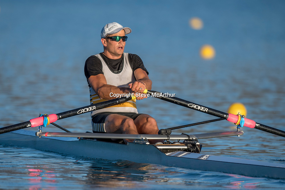 Nathan Cohen , Invercargill RC, senior single heat Z Rowing Championships , 15 February 2017 , Lake Ruataniwha.© Copyright photo: Steve McArthur / www.photosport.nz