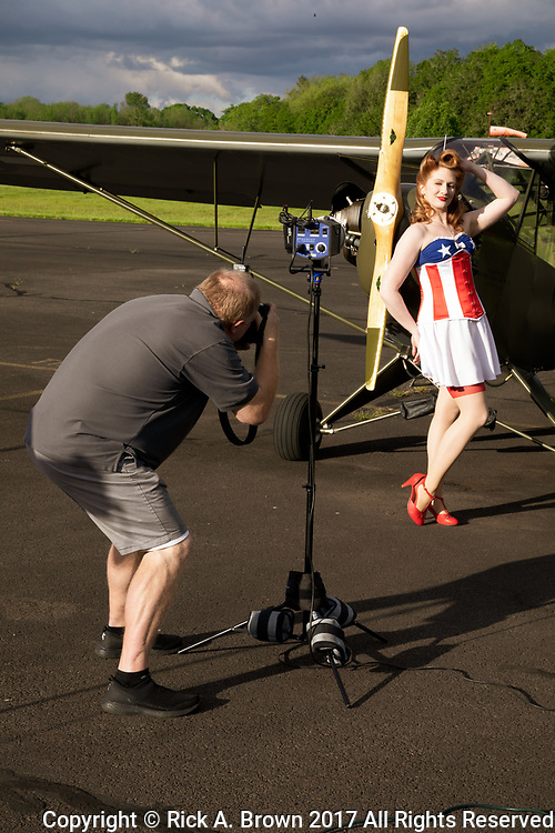"BTS shot of photographing pinup ""Lacey Lady"""