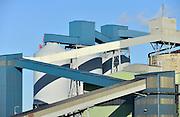 Nederland, the netherlands, 28-1-2016Aluchemie is de grootste stand alone producent ter wereld van klantspecifieke, kwalitatief hoogwaardige anoden voor de aluminiumindustrie . Aluchemie maakt onderdeel uit van de multinational Rio Tinto, de wereldmarktleider op het gebied van aluminium.FOTO: FLIP FRANSSEN/ HH