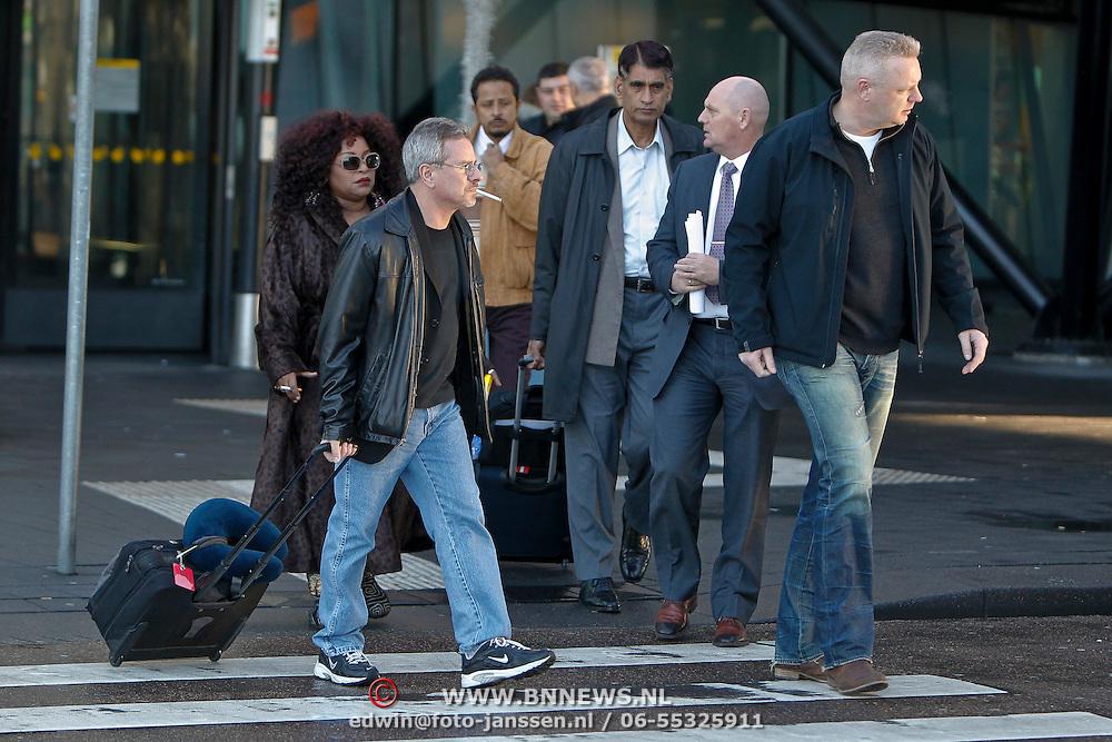 NLD/Amsterdam/20101215 - Aankomst van Chaka Khan op Schiphol,