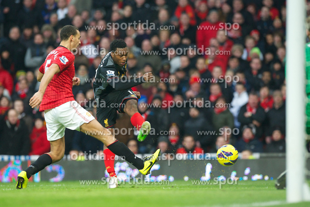 13.01.2013, Old Trafford, Manchester, ENG, Premier League, Manchester United vs FC Liverpool, 22. Runde, im Bild Liverpool's new signing Daniel Sturridge in action against Manchester United during the English Premier League 22th round match between Manchester United and Liverpool FC at Old Trafford, Manchester, Great Britain on 2013/01/13. EXPA Pictures © 2013, PhotoCredit: EXPA/ Propagandaphoto/ David Rawcliffe..***** ATTENTION - OUT OF ENG, GBR, UK *****