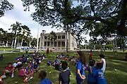 'Iolani Palace. School excursion.