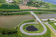 Nederland, Limburg, Gemeente Maasgouw, 27-05-2013; brug over het Julianakaal bij Ohe en Laak.<br /> Bridge across Julianacanal (Meuse canal).<br /> luchtfoto (toeslag op standard tarieven);<br /> aerial photo (additional fee required);<br /> copyright foto/photo Siebe Swart.