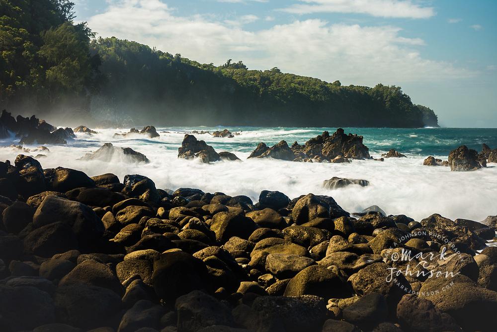 Rough seas off the coast of Laupahoehoe, Big Island, Hawaii