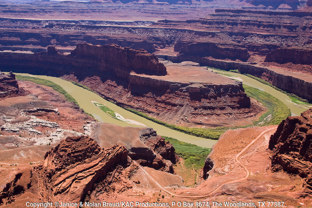 River carving canyon in Dead Horse Point State Park in Utah.