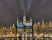 Brussels - November 2nd, 2010 <br /> The Grand Place at dusk <br /> Credit Paul Marnef / ISOPIX     **** REFERENCE : 00030516 ****<br /> Photo, Foto : ISOPIX (BELGIË, BELGIQUE - Brussel, Bruxelles)