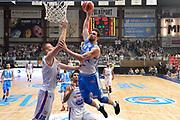 DESCRIZIONE : Cantù Lega A 2015-16 Acqua Vitasnella Cantu' vs Dinamo Banco di Sardegna Sassari<br /> GIOCATORE : Joe Alexander<br /> CATEGORIA : Schiacciata sequenza<br /> SQUADRA : Dinamo Banco di Sardegna Sassari<br /> EVENTO : Campionato Lega A 2015-2016<br /> GARA : Acqua Vitasnella Cantu'  Dinamo Banco di Sardegna Sassari<br /> DATA : 12/10/2015<br /> SPORT : Pallacanestro <br /> AUTORE : Agenzia Ciamillo-Castoria/I.Mancini<br /> Galleria : Lega Basket A 2015-2016  <br /> Fotonotizia : Acqua Vitasnella Cantu'  Lega A 2015-16 Acqua Vitasnella Cantu' Dinamo Banco di Sardegna Sassari   <br /> Predefinita :