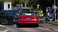 Tauranga-Injuries in head on crash, Welcome Bay