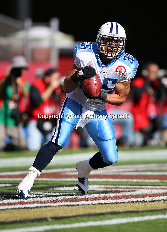 Tennessee Titans kick returner Alvin Pearman (35) catches a kick during the NFL football game against the San Francisco 49ers, November 8, 2009 in San Francisco, California. The Titans won the game 34-27. (©Paul Anthony Spinelli)