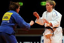 14-11-2009 JUDO: NK JUDO DAMES: ROTTERDAM <br /> Carola Uilenhoed pakt het Kampioenschap door Ilse Inian in de finale te verslaan (+78  kg)<br /> ©2009-WWW.FOTOHOOGENDOORN.NL