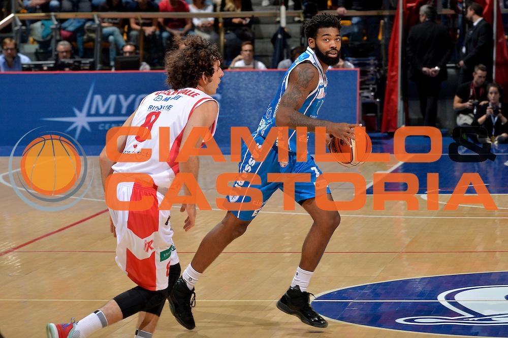 Trevor Lacey<br /> Grissin Bon Pallacanestro Reggio Emilia - Banco di Sardegna Dinamo Sassari<br /> Lega Basket Serie A 2016/2017<br /> Bologna, 08/10/2016<br /> Foto Ciamillo-Castoria