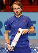 Sieger LUCAS POUILLE  mit Pokal, Siegerehrung<br /> <br /> Tennis - ERSTE BANK OPEN 2017 - ATP 500 -  Stadthalle - Wien -  - Oesterreich  - 29 October 2017. <br /> &copy; Juergen Hasenkopf