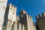 Castello Scaligero, Sirmione, Gardasee, Lombardei, Italien | Castello Scaligero, Sirmione, Lake Garda, Lombardy, Italy