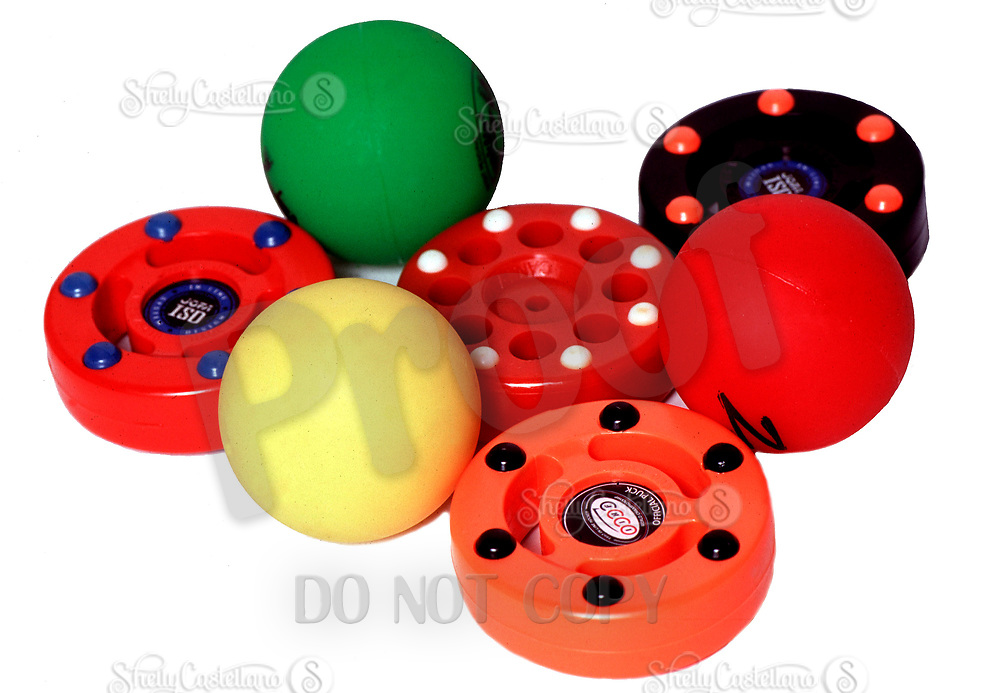 2003 Inline roller hockey balls and pucks equipment