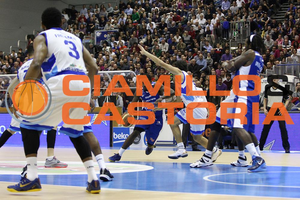 DESCRIZIONE : Capo dOrlando Lega A 2014-15 Orlandina UPEA Basket Acqua Vitasnella Cantu  <br /> GIOCATORE :  Darius Johnson-Odom<br /> CATEGORIA :  Palleggio Penetrazione<br /> SQUADRA : Orlandina UPEA Basket Acqua Vitasnella Cantu  <br /> EVENTO : Campionato Lega A 2014-2015 <br /> GARA : Orlandina UPEA Basket Acqua Vitasnella Cantu  <br /> DATA : 14/12/2014<br /> SPORT : Pallacanestro <br /> AUTORE : Agenzia Ciamillo-Castoria/G. Pappalardo <br /> Galleria : Lega Basket A 2014-2015 <br /> Fotonotizia : Capo dOrlando Lega A 2014-15 Orlandina UPEA Basket Acqua Vitasnella Cantu