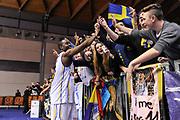 DESCRIZIONE : Final Six Coppa Italia A2 IG Cup RNB Rimini 2015 Finale FMC Ferentino - Tezenis Scaligera Verona<br /> GIOCATORE : Michael Umeh<br /> CATEGORIA : Ritratto Esultanza<br /> SQUADRA : Tezenis Scaligera Verona<br /> EVENTO : Final Six Coppa Italia A2 IG Cup RNB Rimini 2015<br /> GARA : FMC Ferentino - Tezenis Scaligera Verona<br /> DATA : 08/03/2015<br /> SPORT : Pallacanestro <br /> AUTORE : Agenzia Ciamillo-Castoria/L.Canu