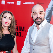 NLD/Amsterdam/20170814 - Premiere The Hitmans Bodyguard, Peter Post met partner