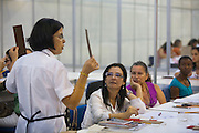 Belo Horizonte_MG, Brasil...Feira do Empreendedor 2010 em Belo Horizonte, Minas Gerais. Na foto oficina de artesanato no 2 Salao Especial...Entrepreneur Fair 2010 in Belo Horizonte, Minas Gerais. In this photo handmake workshop in the 2 Especial Saloon...Foto: JOAO MARCOS ROSA / NITRO