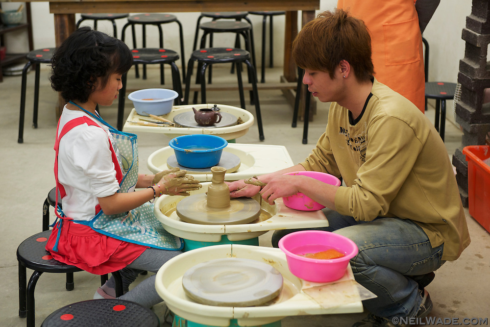 DIY pottery is also available at the Tunnel Kiln on Yingge Ceramics Old Street.