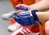 ARNHEM -  ILLUSTRATIE - handschoen tijdens de eerste dag van de zaalhockey competitie in de hoofdklasse, seizoen 2013/2014. COPYRIGHT KOEN SUYK