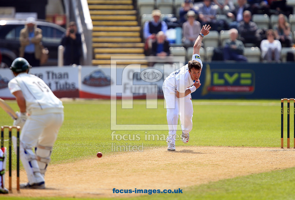 Antonio Palladino of Derbyshire County Cricket Club during the LV County Championship Div Two match at New Road, Worcester<br /> Picture by Michael Whitefoot/Focus Images Ltd 07969 898192<br /> 29/04/2014