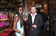 Naomi Campbell. Shanghai Tang opening. Sloane St. 11 April 2001. © Copyright Photograph by Dafydd Jones 66 Stockwell Park Rd. London SW9 0DA Tel 020 7733 0108 www.dafjones.com