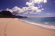 Yokohama Beach, Oahu, Hawaii, USA<br />