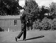 20/07/1962<br /> 07/20/1962<br /> 20 July 1962<br /> Woodbrook Irish Hospitals' Golf Tournament at Woodbrook Golf Course, Dublin. D. Higgins (Cork) driving off the 1st tee.