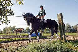Martens Vincent - Donckers Karin<br /> Reportage trainer pupil - Stal Donckers Minderhout 2006<br /> Photo © Dirk Caremans