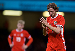 CARDIFF, WALES - Thursday, October 11, 2018: Wales' Joe Allen during the International Friendly match between Wales and Spain at the Principality Stadium. (Pic by David Rawcliffe/Propaganda)