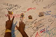 Juazeiro do Norte_CE, 15 de Setembro de 2012<br /> <br /> Romaria da Nossa Senhora das Dores. Na foto, romeiros visitam a estatua de Padre Cicero no Horto<br /> <br /> Foto: LEO DRUMOND / NITRO