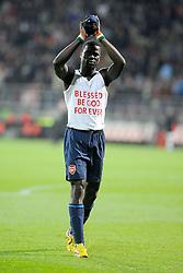 20-10-2009 VOETBAL: AZ - ARSENAL: ALKMAAR<br /> AZ in slotminuut naast Arsenal 1-1 / Emmanuel Eboue<br /> ©2009-WWW.FOTOHOOGENDOORN.NL