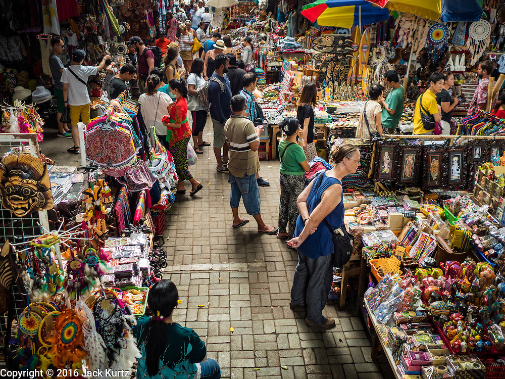 17 JULY 2016 - UBUD, BALI, INDONESIA: The tourist market in Ubud, Bali.      PHOTO BY JACK KURTZ