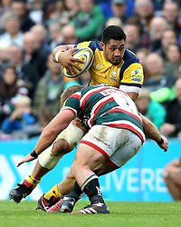 Alafoti Faosiliva of Worcester Warriors is tackled by Tom Youngs (c) of Leicester Tigers - Mandatory by-line: Robbie Stephenson/JMP - 08/10/2016 - RUGBY - Welford Road Stadium - Leicester, England - Leicester Tigers v Worcester Warriors - Aviva Premiership