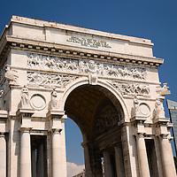 L'Arco della Vittoria at Piazza Della Vittoria, Genoa, Italia
