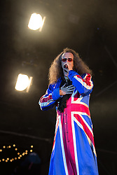"© Licensed to London News Pictures . 09/08/2015 . Siddington , UK . "" The Doctor "" ( CLIVE JACKSON ) of Doctor and the Medics . The Rewind Festival of 1980s music , fashion and culture at Capesthorne Hall in Macclesfield . Photo credit: Joel Goodman/LNP"