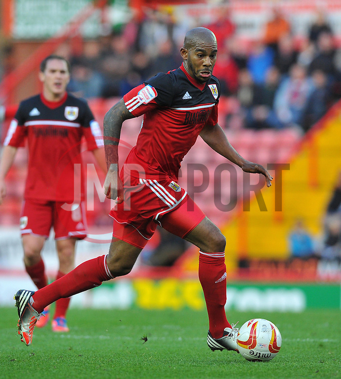 Bristol City's Marvin Elliott - Photo mandatory by-line: Joe Meredith/JMP  - Tel: Mobile:07966 386802 17/11/2012 - Bristol City v Blackpool - SPORT - FOOTBALL - Championship -  Bristol  - Ashton Gate Stadium -