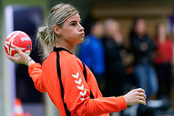 20-11-2019 NED: Pressmoment Handball women, Aalsmeer<br /> Handball women have a final training and press conference before they leave for Japan for the World Cup / Angela Malestein #26 of Netherlands