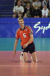 23-09-2000 AUS: Olympic Games Volleybal Nederland - Egypte, Sydney<br /> Nederland wint met 3-1 van Egypte / Richard Schuil
