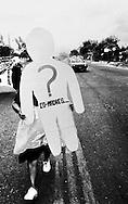 Madres de familares de presos y desaparecidos politicos marchan 26 de junio de 1988 dia internacional de la tortura para exigir la libertad de los presos politicos de El Salvador.(IL Photo).