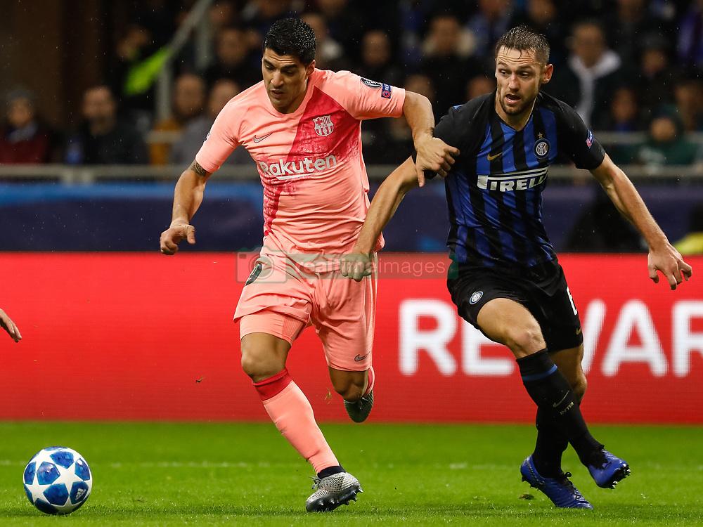 صور مباراة : إنتر ميلان - برشلونة 1-1 ( 06-11-2018 )  20181107-zaa-n230-030