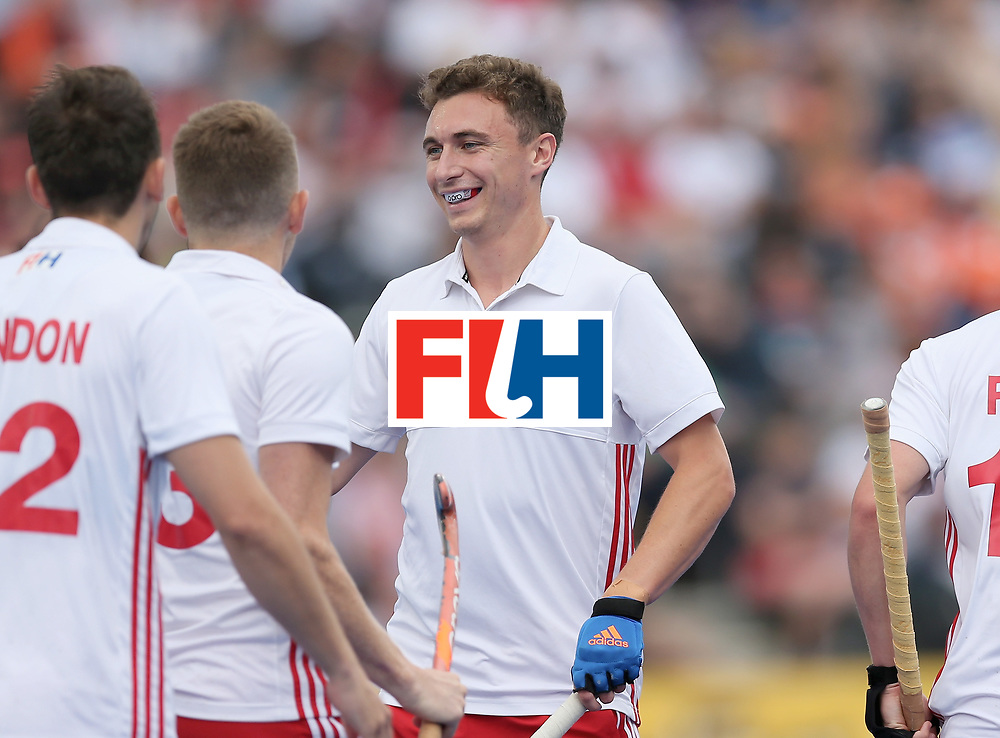 LONDON, ENGLAND - JUNE 25:  Harry Martin of England celebrates scoring their teams first goal with teammates during the 3rd/4th place match between Malaysia and England on day nine of the Hero Hockey World League Semi-Final at Lee Valley Hockey and Tennis Centre on June 25, 2017 in London, England.  (Photo by Alex Morton/Getty Images)