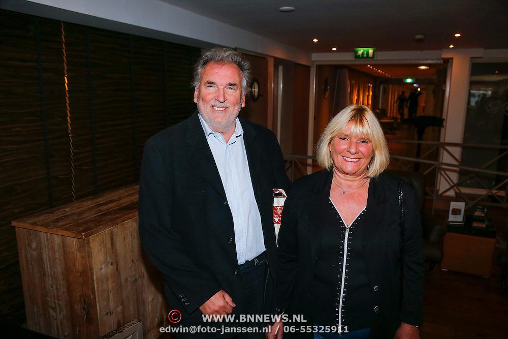 NLD/Loosdrecht/20121126 - CD uitreiking Anneke Gronloh, Adje Roland en partner
