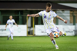 Dare Vršič of Maribor seting up the goal scoring shot during football match between NŠ Mura and NK Maribor in semifinal Round of Pokal Telekom Slovenije 2018/19, on April 24, 2019 in Fazanerija, Murska Sobota, Slovenia. Photo by Blaž Weindorfer / Sportida