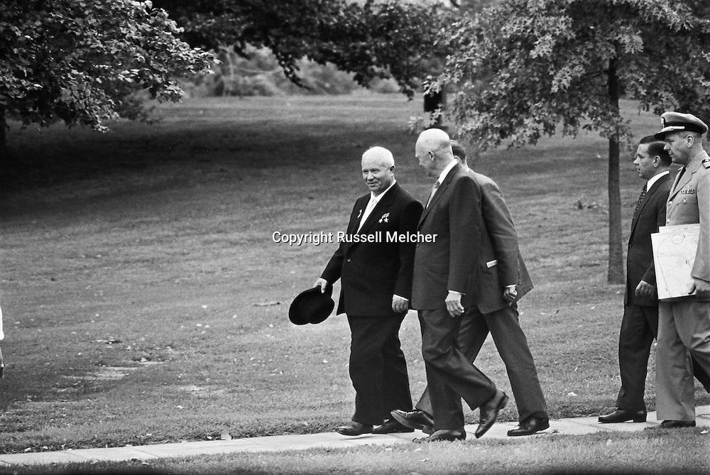 1959. President Eisenhower and Nikita Kruschev during Khrushchev's first day in Washington.<br /> Nikita Khrushchev became the first Soviet premier to visit the United States. He said he was curious to have a look at America. It consisted of a twelve day trip which was a huge success!<br /> <br /> 1959. Pr&eacute;sident Eisenhower et Nikita Khrouchtchev lors de la premi&egrave;re journ&eacute;e de Khrouchtchev &agrave; Washington .<br /> Nikita Khrouchtchev est le premier chef d'etat sovi&eacute;tique &agrave; visiter les &Eacute;tats-Unis . Il a dit qu'il &eacute;tait curieux de voir l'Am&eacute;rique . Son voyage de douze jours as &eacute;te un &eacute;norme succ&egrave;s!