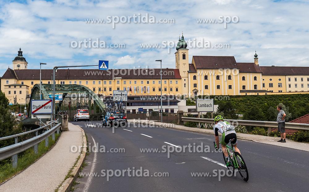 04.07.2016, Steyr, AUT, Ö-Tour, Österreich Radrundfahrt, 2. Etappe, Mondsee nach Steyr, im Bild Boris Dron (BEL, Wanty - Groupe Gobert) bei Stift Lambach // Boris Dron (BEL Wanty - Groupe Gobert) at Lambac during the Tour of Austria, 2nd Stage from Mondsee to Steyr, Austria on 2016/07/04. EXPA Pictures © 2016, PhotoCredit: EXPA/ JFK