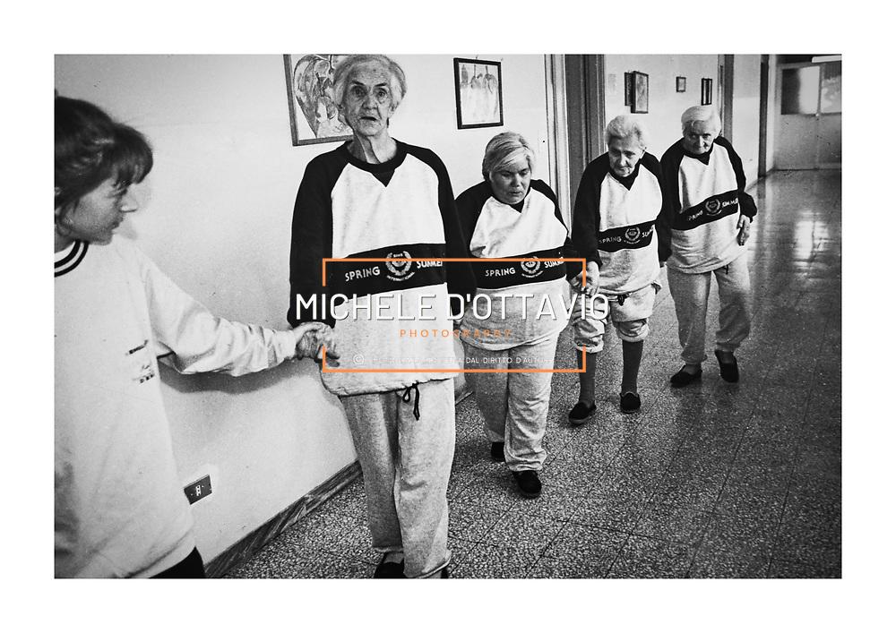Collegno 1990 Comunità anziani Villa Rosa.